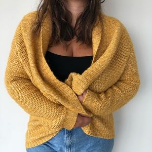 Oversized mustard yellow knitted chunky cardigan